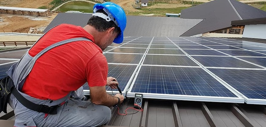 Here's Why You Need to Hire Professional Solar Installers