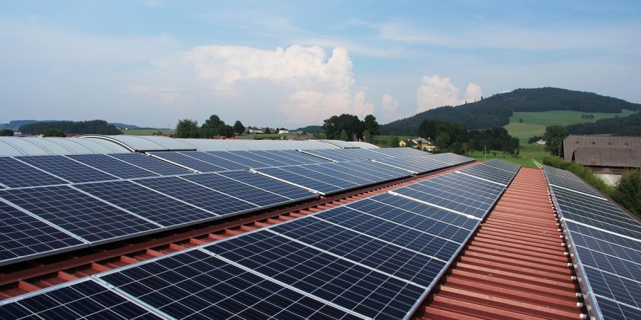 Key Features to Consider When Evaluating Commercial Solar Panels